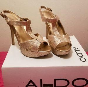 Heister High heels